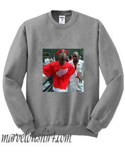 2pac spitting at camera comfort Sweatshirt