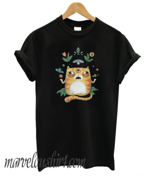 The All Knowing Cat Comfort T-Shirt